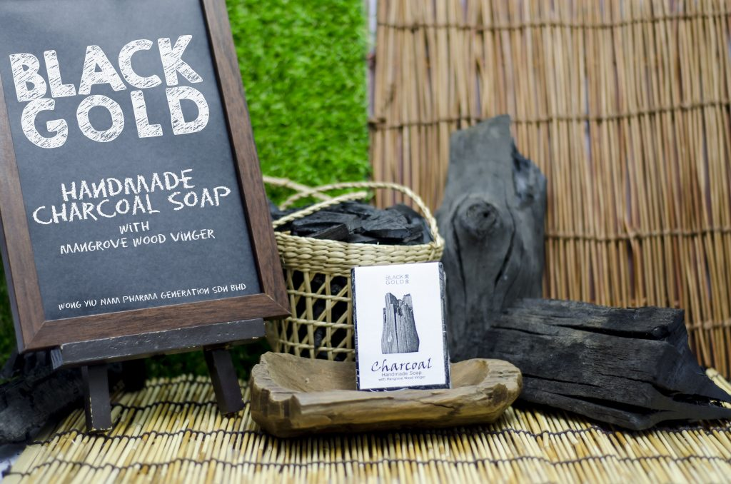 BLACK GOLD Charcoal Soap